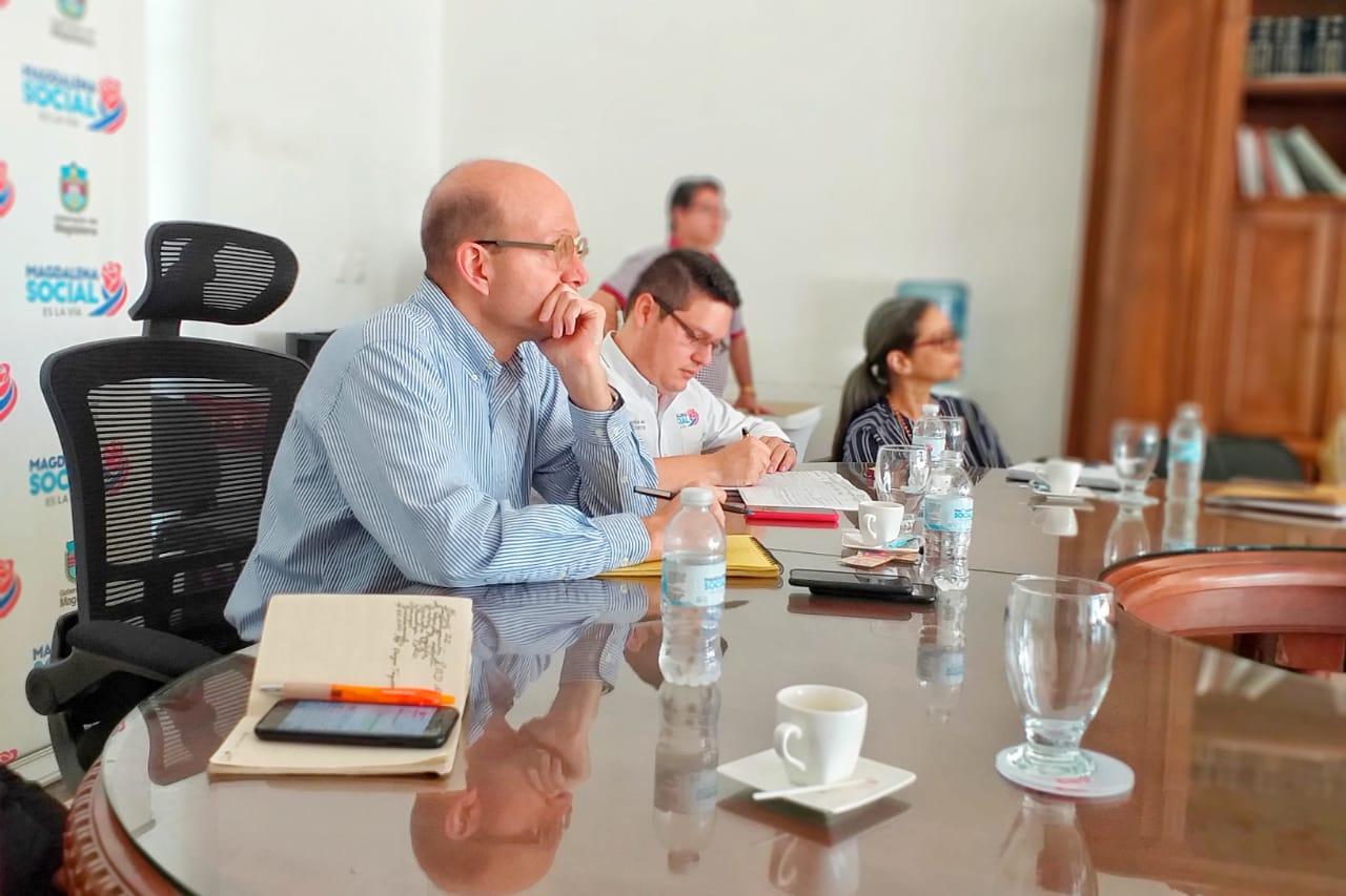 La jornada de socialización liderada por el jefe de la oficina Asesora de Planeación, contó con la asistencia del alcalde (e) Andrés Rugeles.
