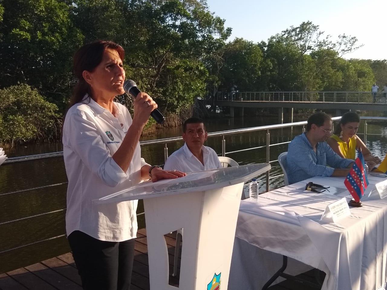 Gobernadora Rosa Cotes.