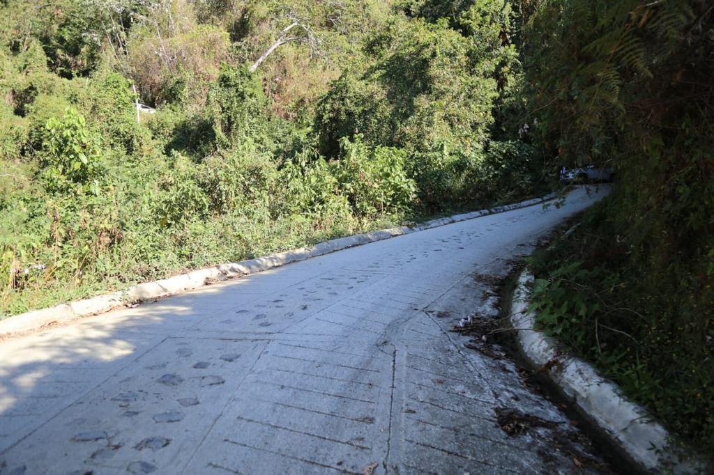La red de vías terciarias garantizan la intercomunicación terrestre de la población rural del territorio.
