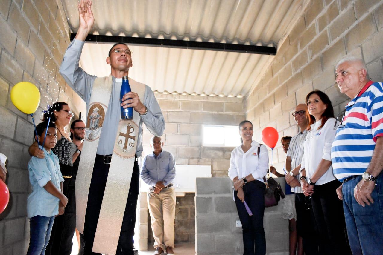 Este proyecto habitacional fue construido para los damnificados por las inundaciones que ocasionaron las fuertes lluvias durante el fenómeno de La Niña en los años 2010-2011.