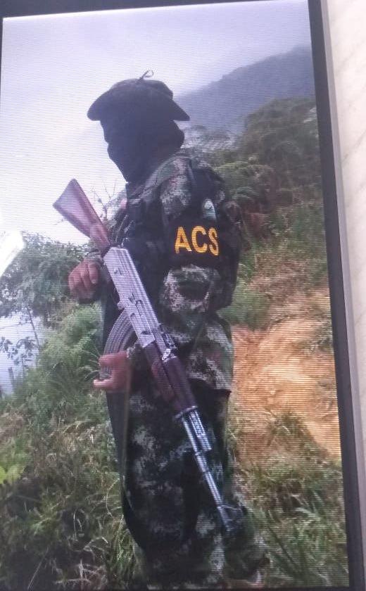 Esta foto probaría la presencia de las Autodefensas Conquistadoras de la Sierra, en la Sierra Nevada.