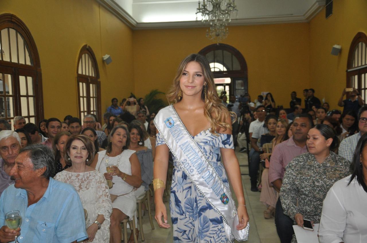 Reina Anfitriona de la Fiesta del Mar 2019