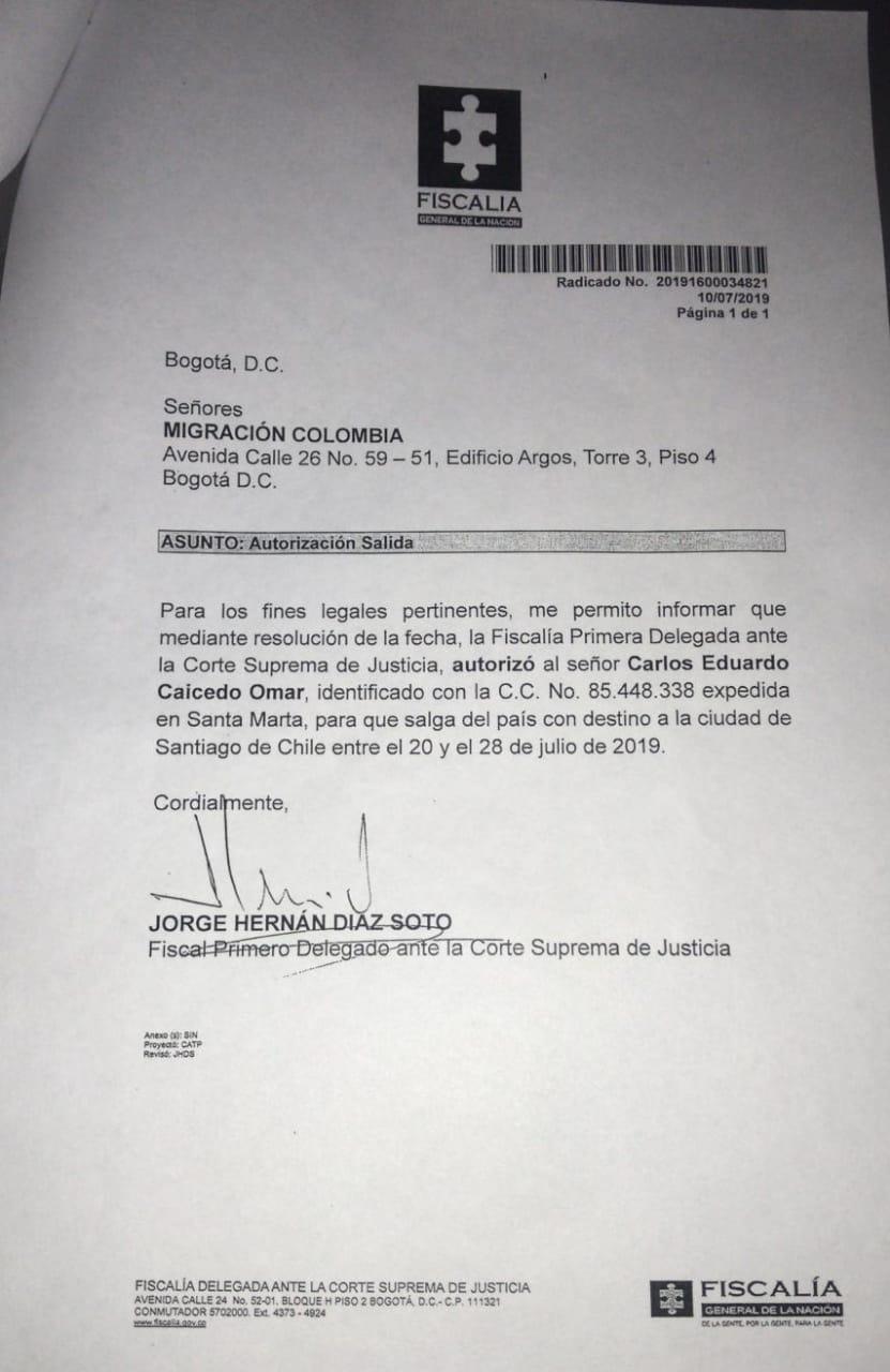 Autorización del Juez Primero Delegado para la salida de Carlos Caicedo.