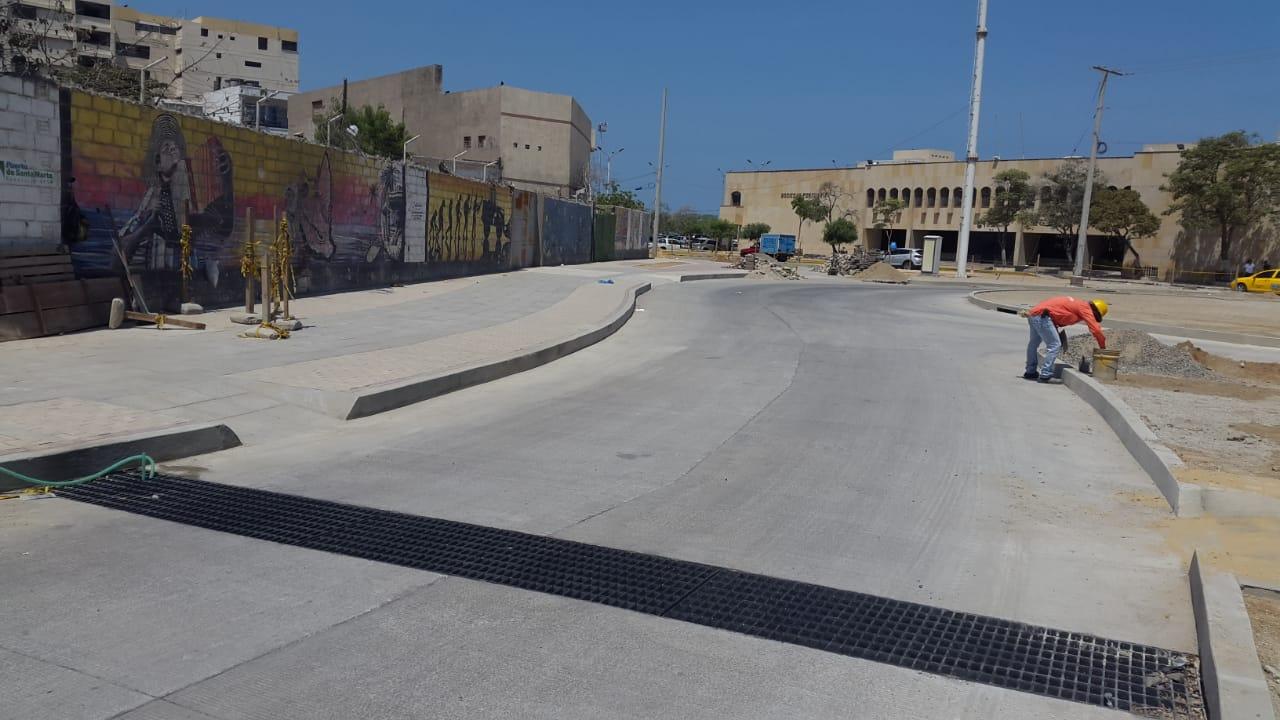 Avenida del Ferrocarril entre carreras 1 y 3