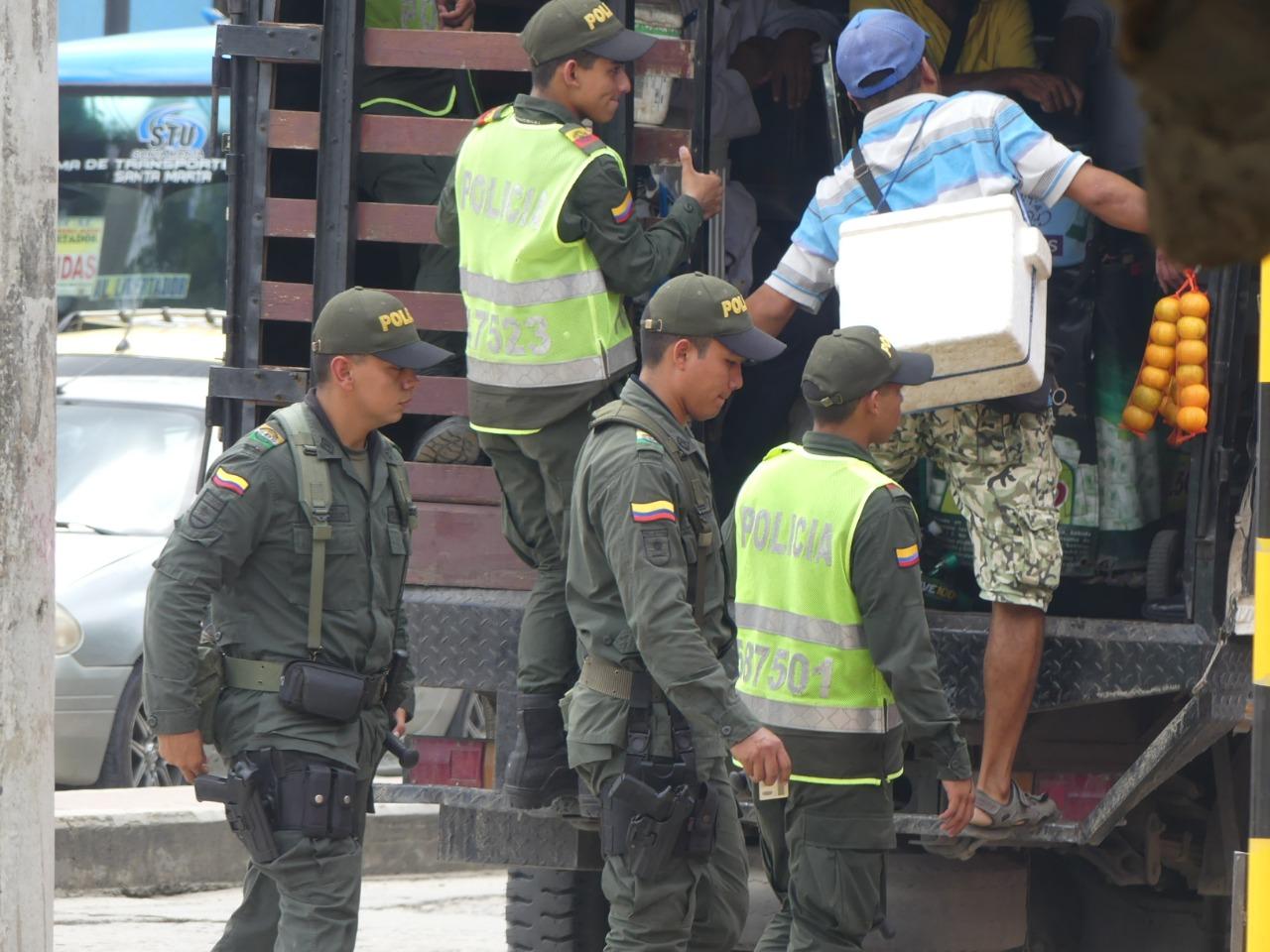 Vendedores ambulantes conducidos al Centro de Protección al Ciudadano.
