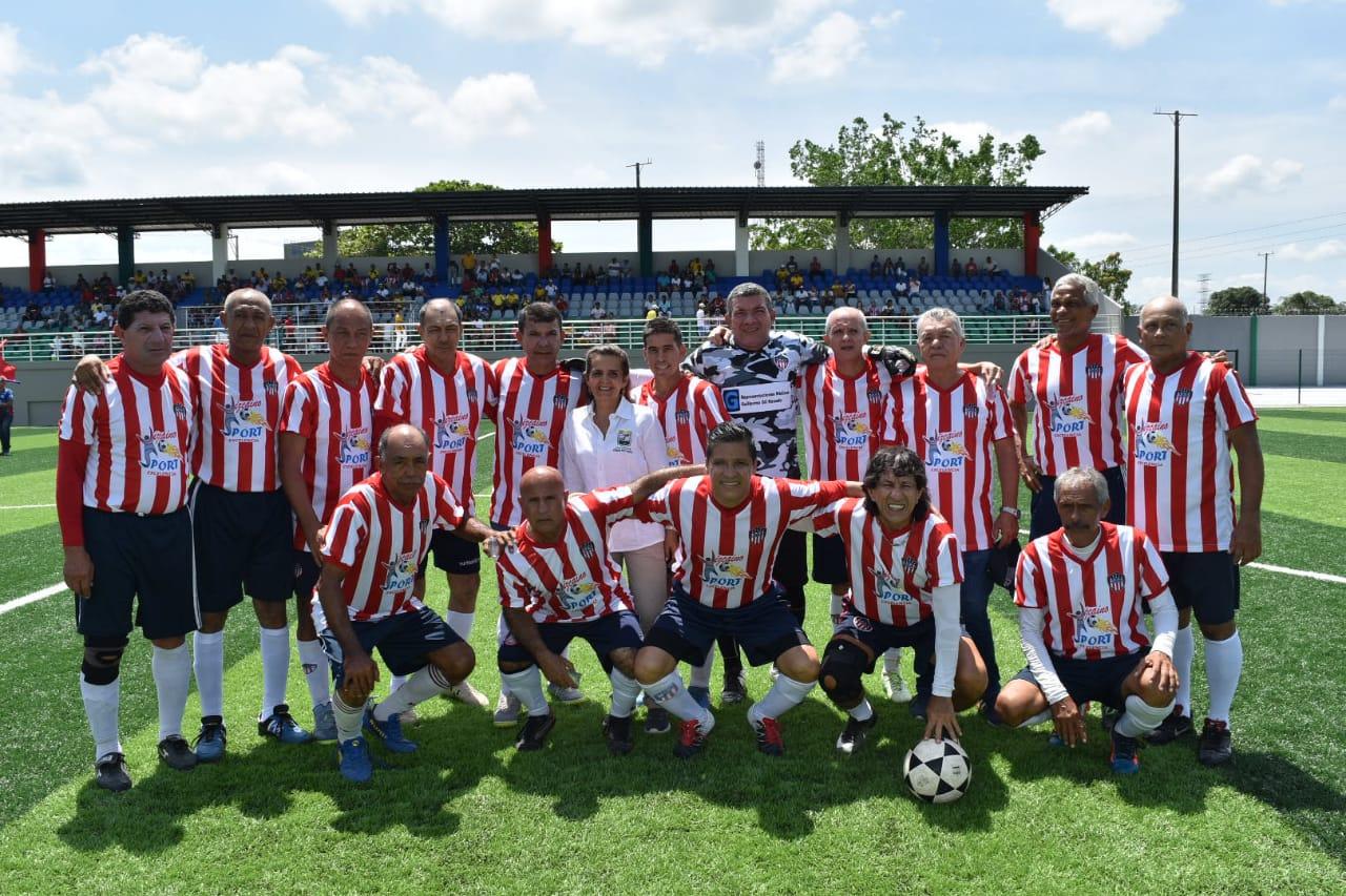 Las Glorias del Junior no olvidan su calidad para jugar al fútbol.
