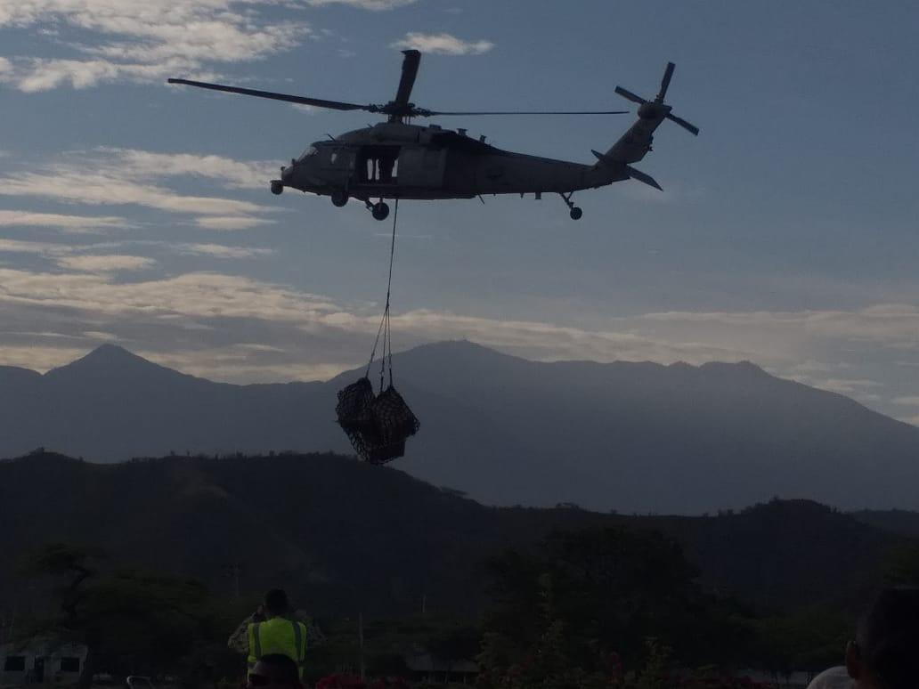 El Ejército realizó 22 viajes en helicóptero para transportar los medicamentos y equipos.