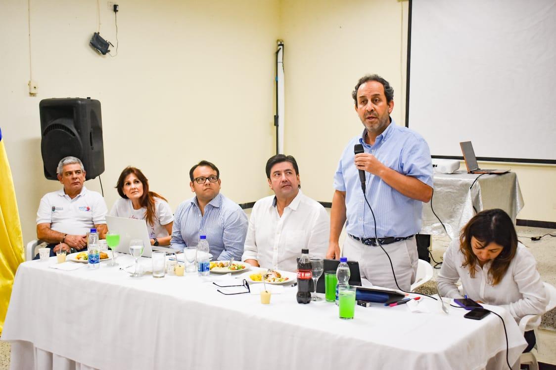 El acto institucional contó con la asistencia del Superintendente de Salud, Fabio Aristizábal y la gobernadora del Magdalena, Rosa Cotes.