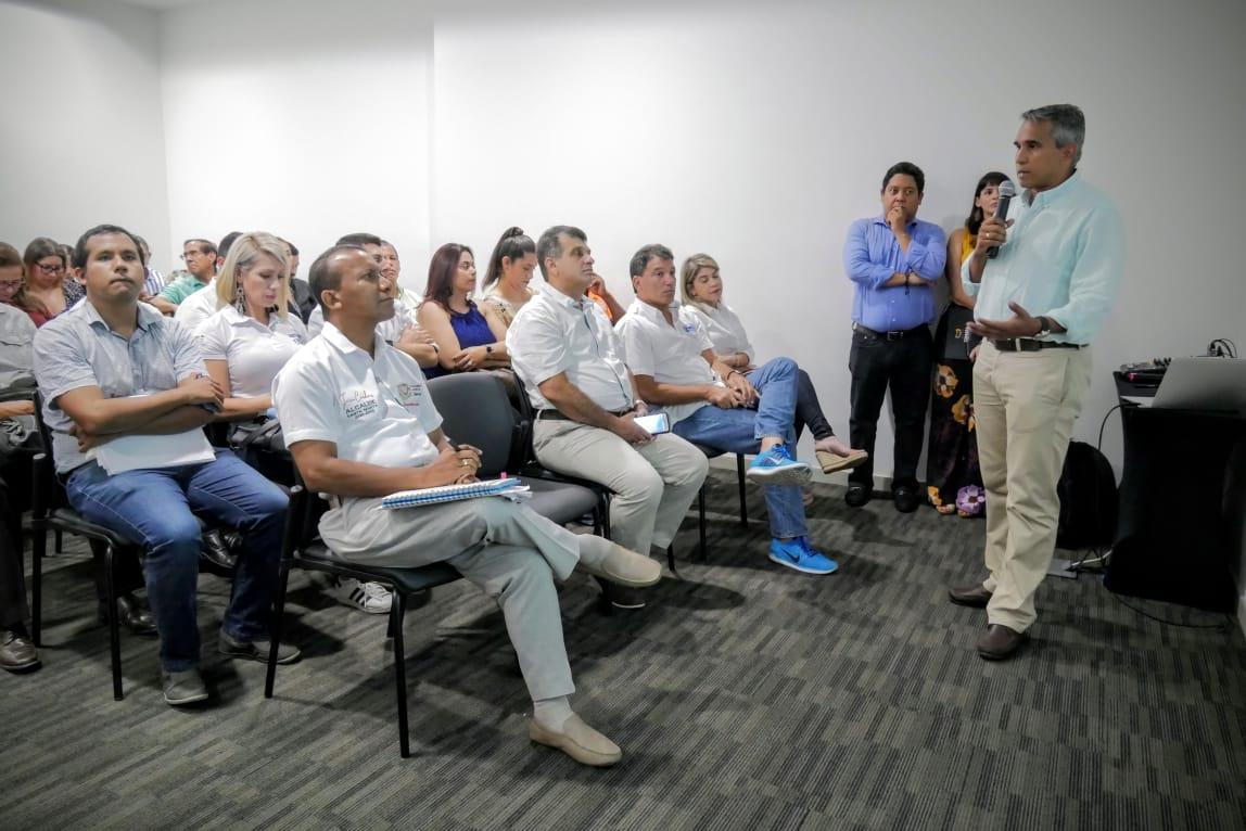 El presidente de la Cámara de Comercio, Alfonso Lastra, durante su intervención.