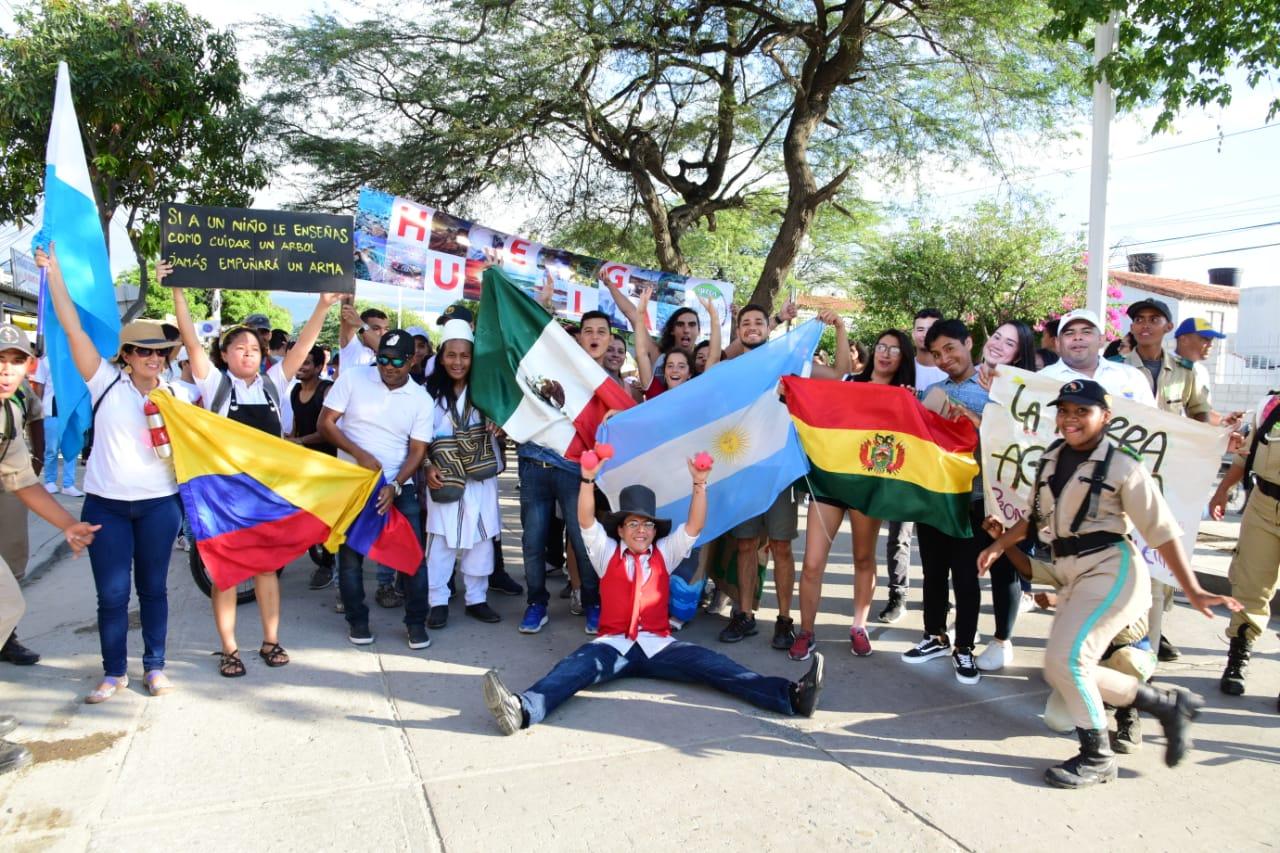 El objetivo era generar conciencia en la población, principalmente en los jóvenes sobre la trascendencia de actuar en conjunto para salvar el planeta.