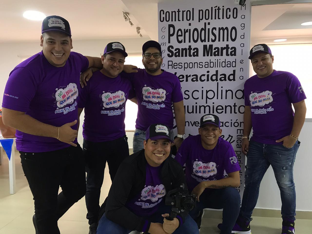 Parte del equipo de trabajo de Rafael de Jesús Díaz y Tavo Sumoza