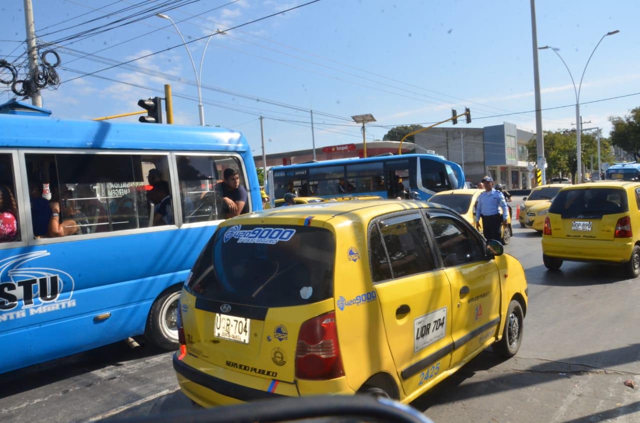 En la Avenida del Río se registraron congestiones vehículares.