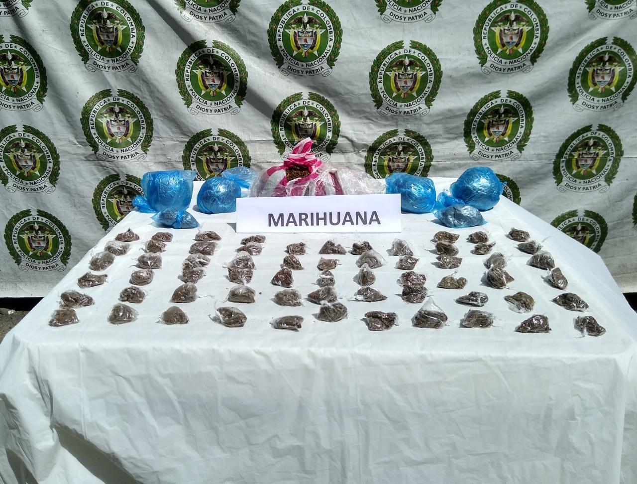Dosis de marihuana incautadas.