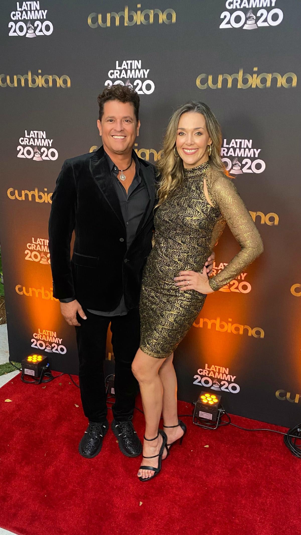 Carlos Vives junto a su esposa Claudia Elena Vásquez.
