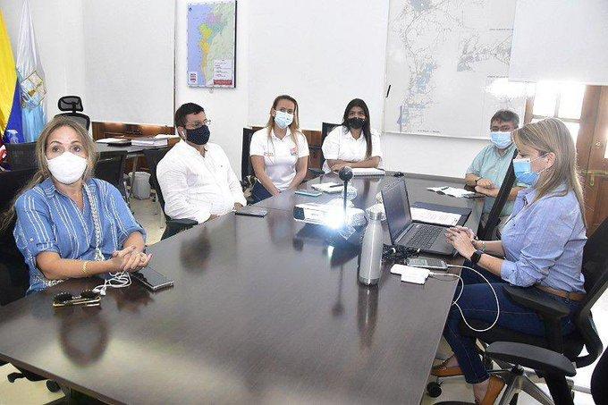 Reunión virtual entre la Alcaldesa, gremios y representantes de la aerolínea.