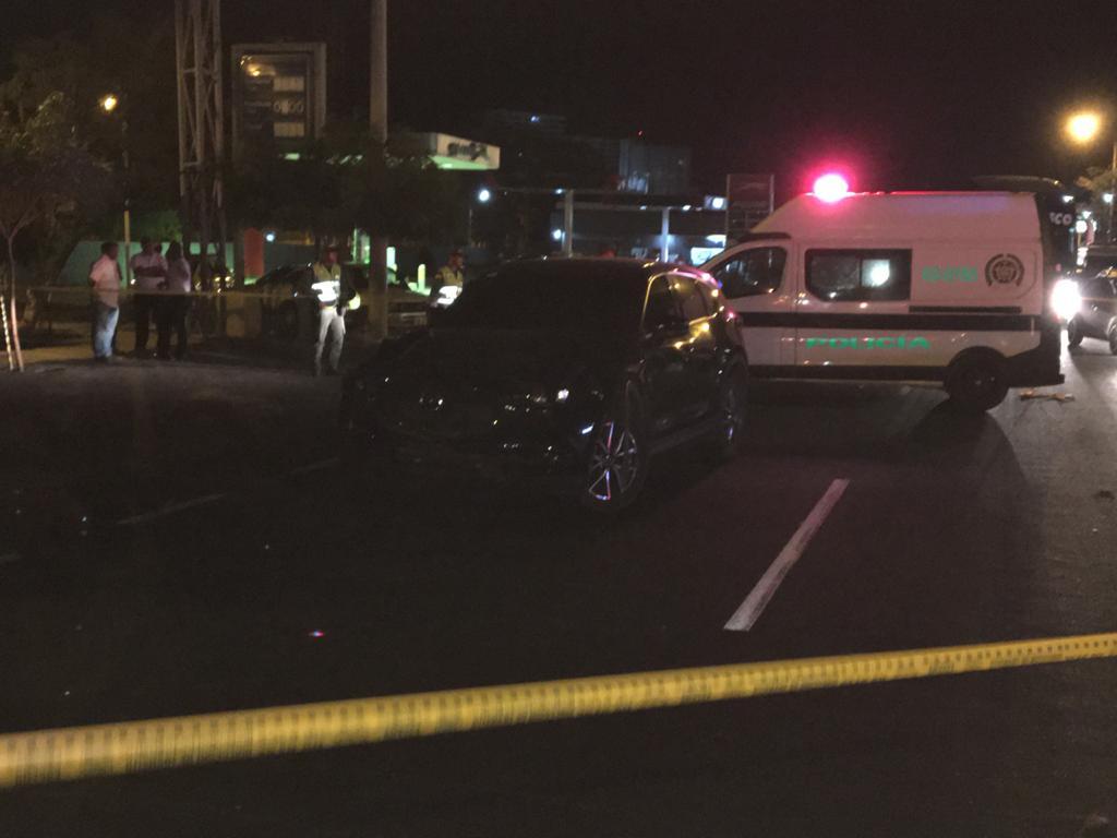 Al carro involucrado no se le logró identificar la placa, pues no la tiene en la parte delantera.
