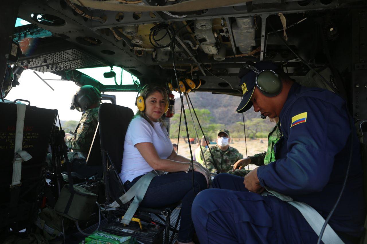 La Alcaldesa realizó un sobrevuelo este martes junto a personal del Ejército.