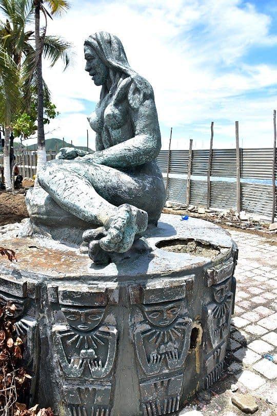 Según la Edus, los monumentos a los indios están en mal estado.