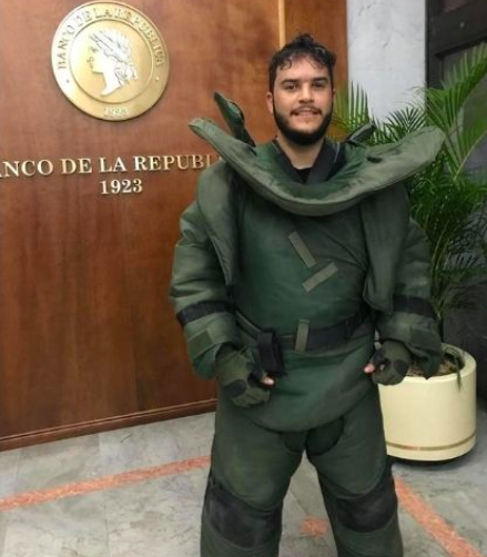 'Ché Carrillo' durante el rodaje de 'El Robo del Siglo', de Netflix.