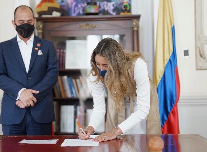 Portillo Viana es abogada de la Universidad Sergio Arboleda.