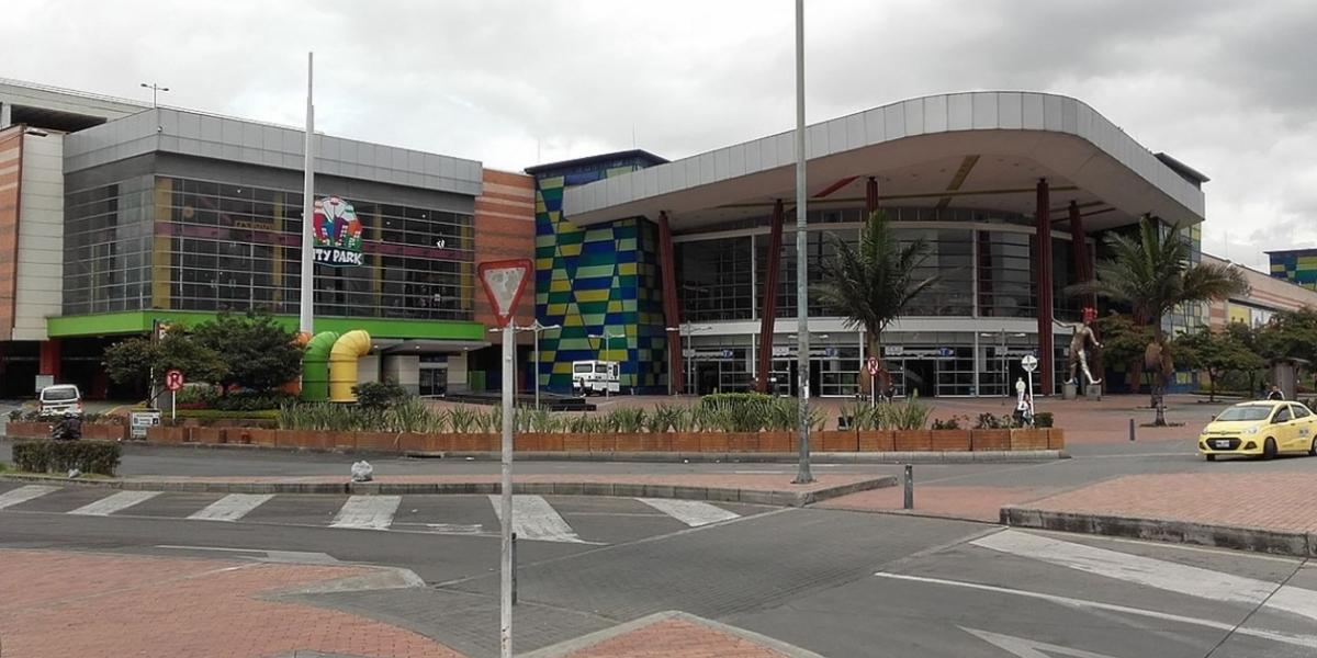 Fachada del Centro Comercial Centro Mayor.