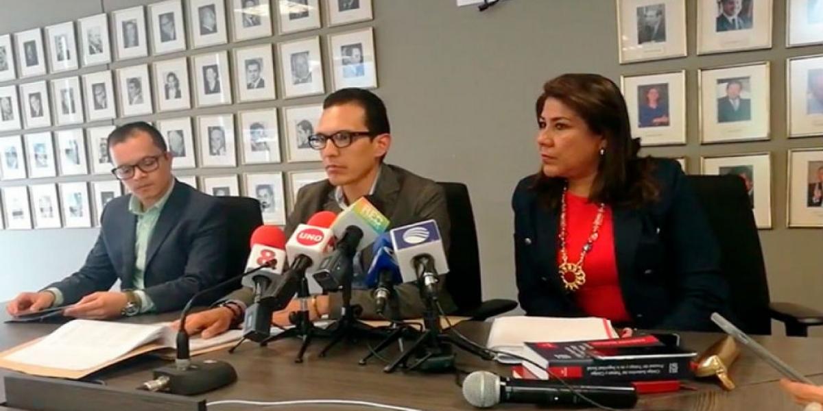 Renuncia abogada representante de pilotos de Avianca en tribunal de arbitramento