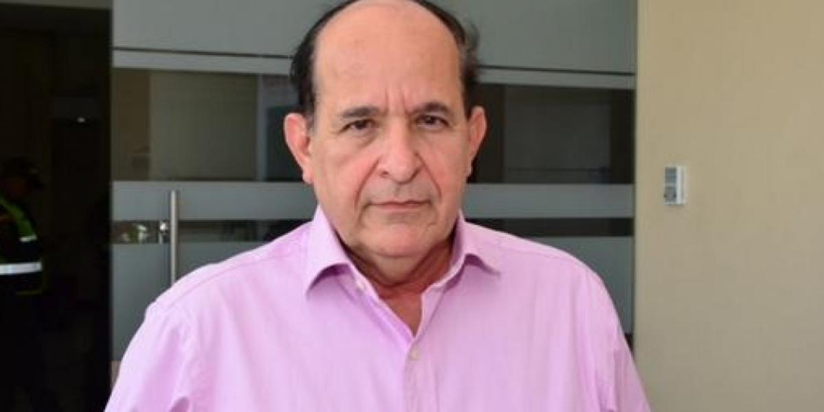 Álvaro Ashton, Senador.