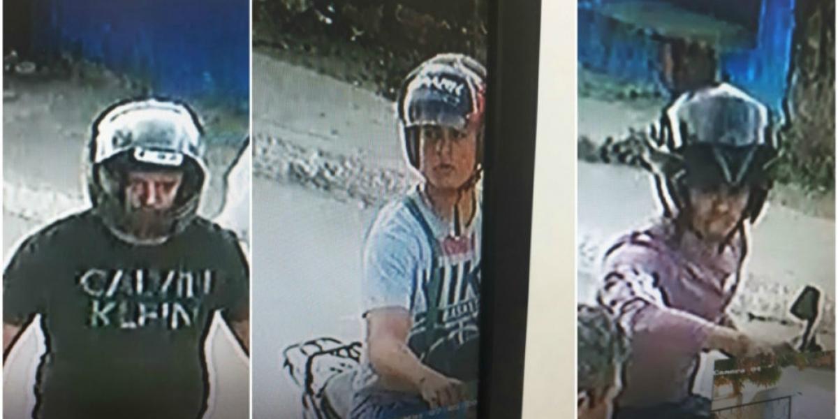 Los delincuentes en moto que atracaron a un ciudadano.