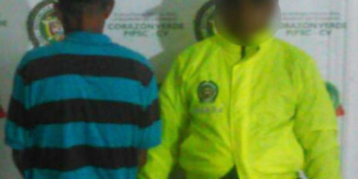 Menor de 14 años denuncia que fue violada por su padrastro de 70