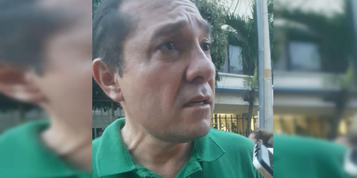 Antonio Sanguino, concejal de Bogotá, hizo presencia en el CTI de la Fiscalía.