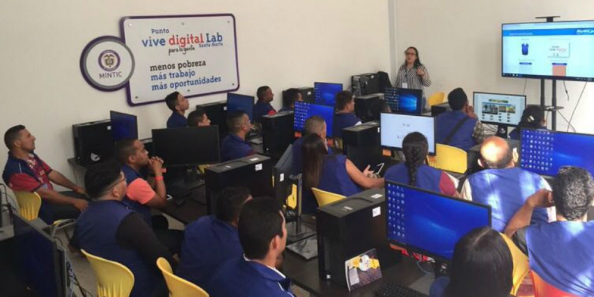 Punto Vive Digital Lab en Santa Marta.