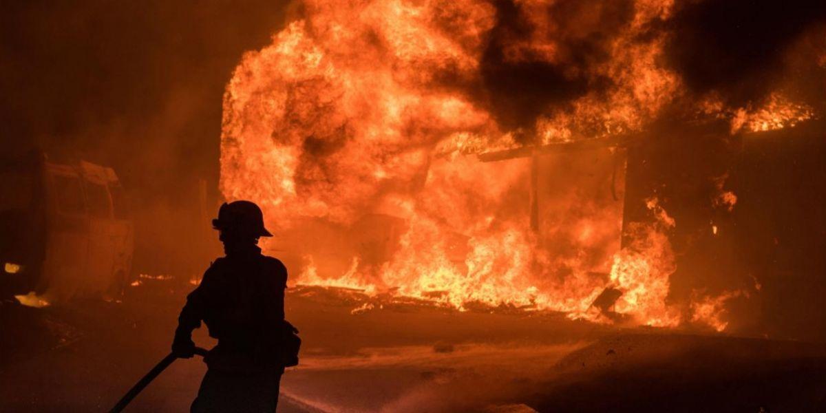 Las autoridades advirtieron sobre la necesidad de evacuar a tiempo considerando que no hay forma de garantizar la seguridad a quienes estén en las viviendas.