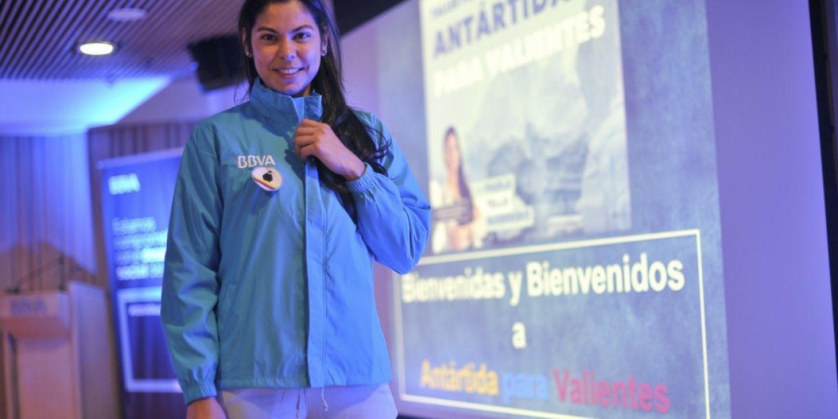 Paola Tello es la primera colombiana en embarcarse en una expedición científica de sólo mujeres a la Antártida, del programa Homeward Bound.