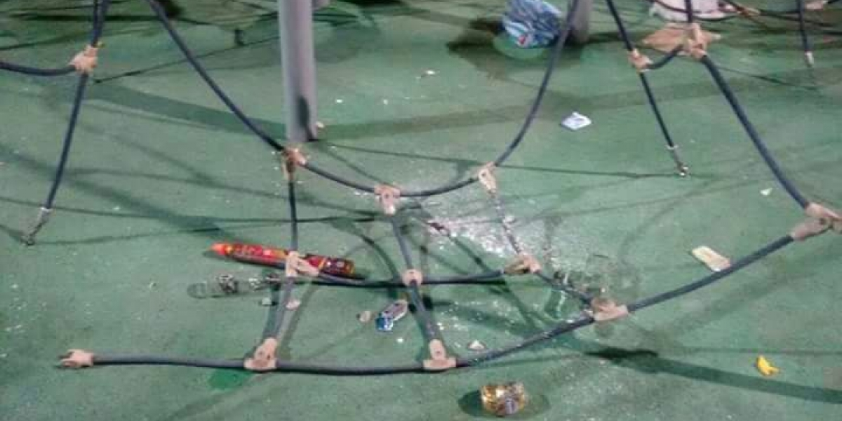 Así quedó el parque del Cundí, tras los desmanes durante la celebración del carnaval.