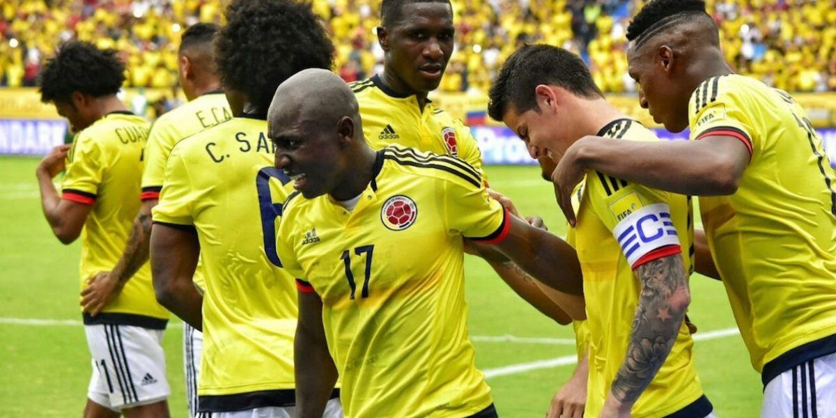 La selección colombiana de fútbol.