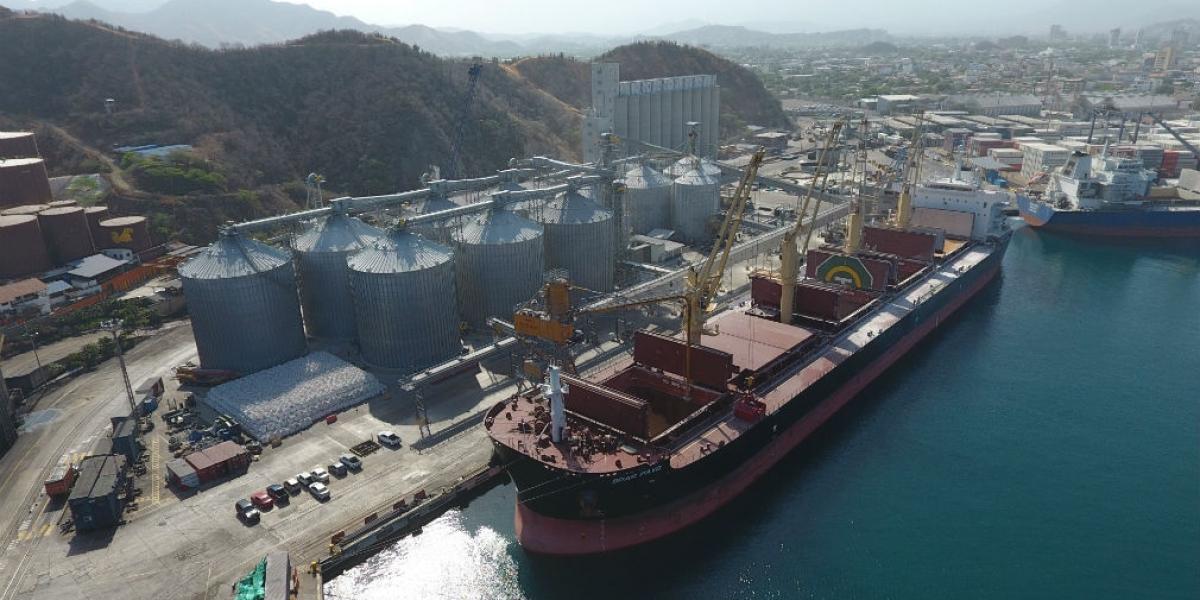 El accidente laboral ocurrió en el puerto de Santa Marta.
