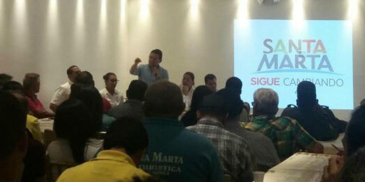 Alcalde Martínez convoco a empresarios del Centro Histórico para constituir la Promotora Turística, cuyo función es velar por el desarrollo del sector.