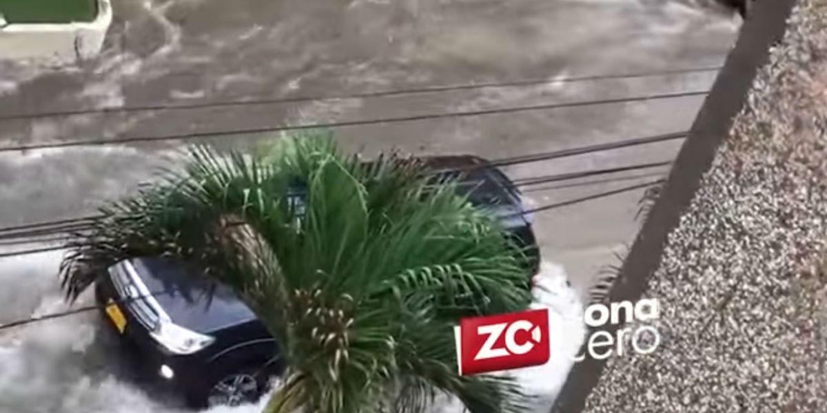 En el video se puede evidenciar el fuerte arroyo.