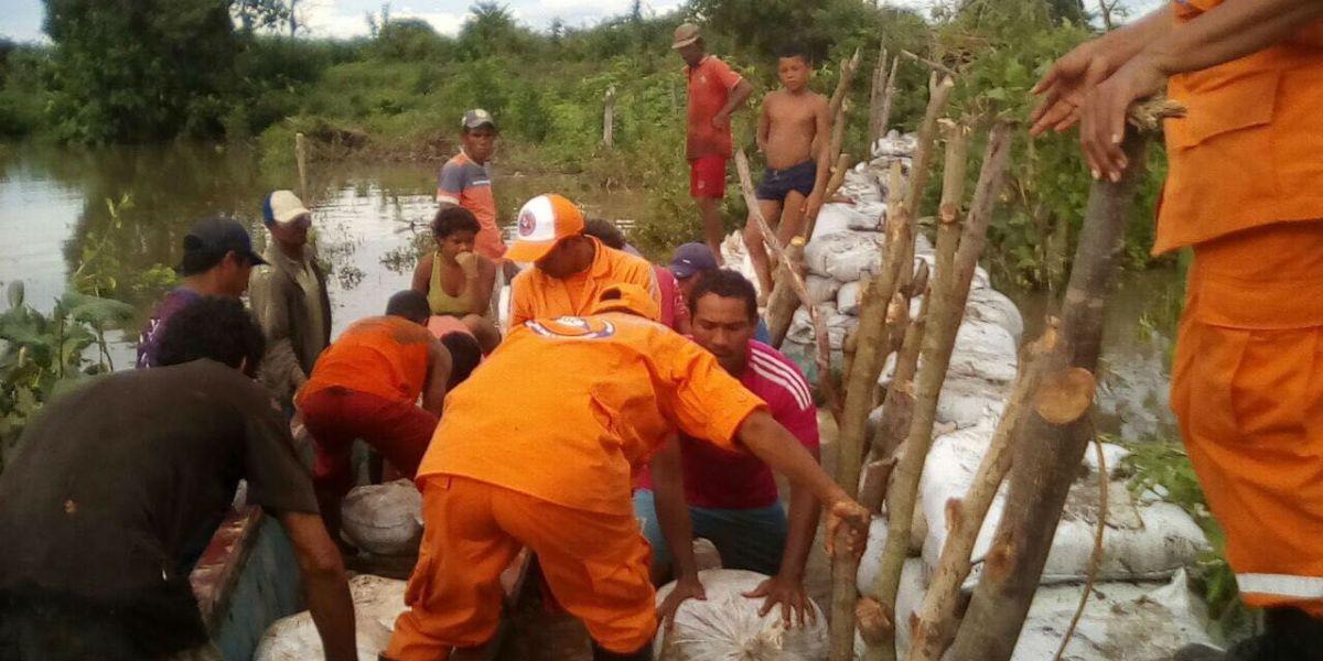En el corregimiento de Mate Caña en el Banco Magdalena, 30 familias debieron ser evacuadas y reubicadas.