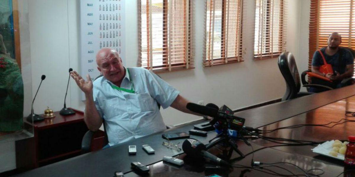 Domingo Chinea se presentó este jueves ante los medios locales.