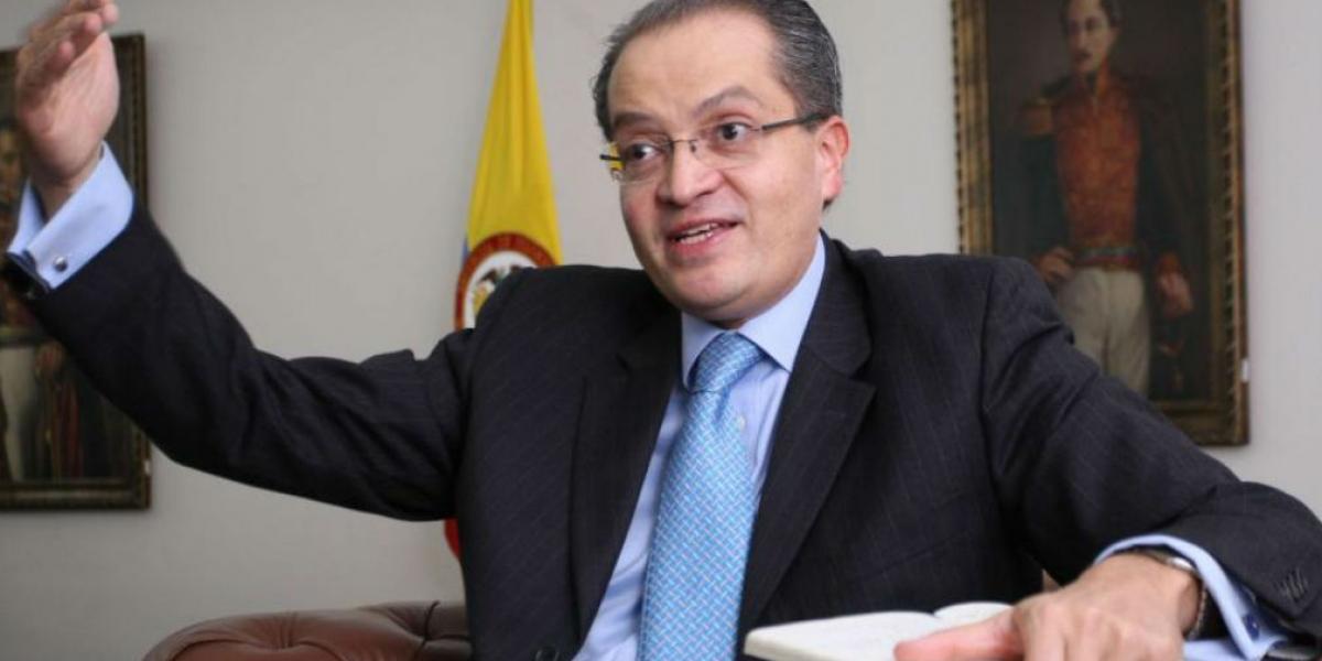 Procurador General Fernando Carrillo Flórez.