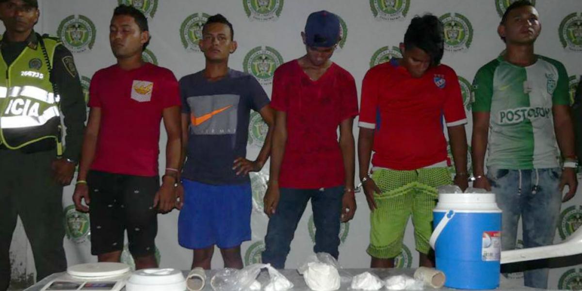 Los detenidos conformaban la banda conocida como 'Los Pollos', según informó la Policía.