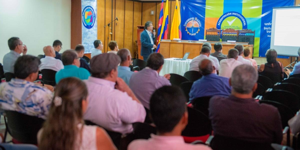 El evento se convirtió en un espacio idóneo no solo para el reencuentro entre los egresados de este programa, el único de sus características en Colombia.