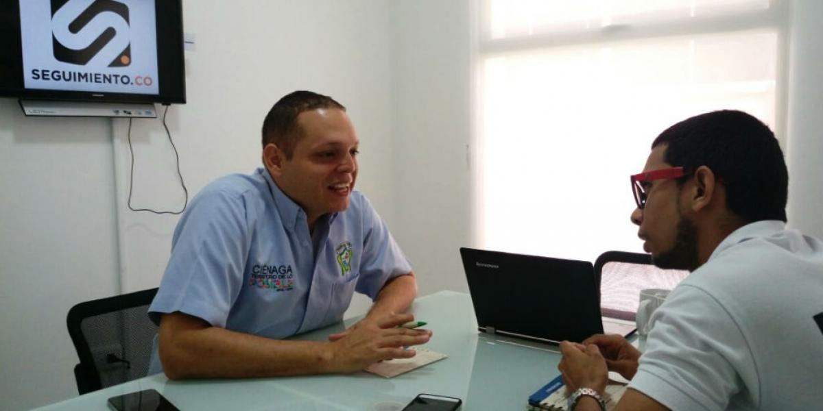 El alcalde Edgardo Pérez en entrevista con Seguimiento.co