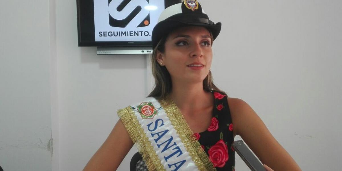 La Capitana Distrital del Mar, Andrea Corredor, en su visita a Seguimiento.co.