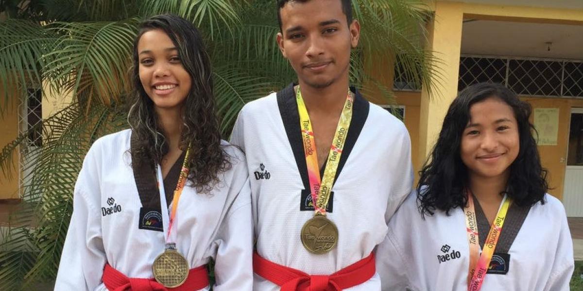 Hernán Charris, Marifer Fernández y María Cárdenas obtuvieron medallas de oro y bronce en el Grand Open Santander de Taekwondo.