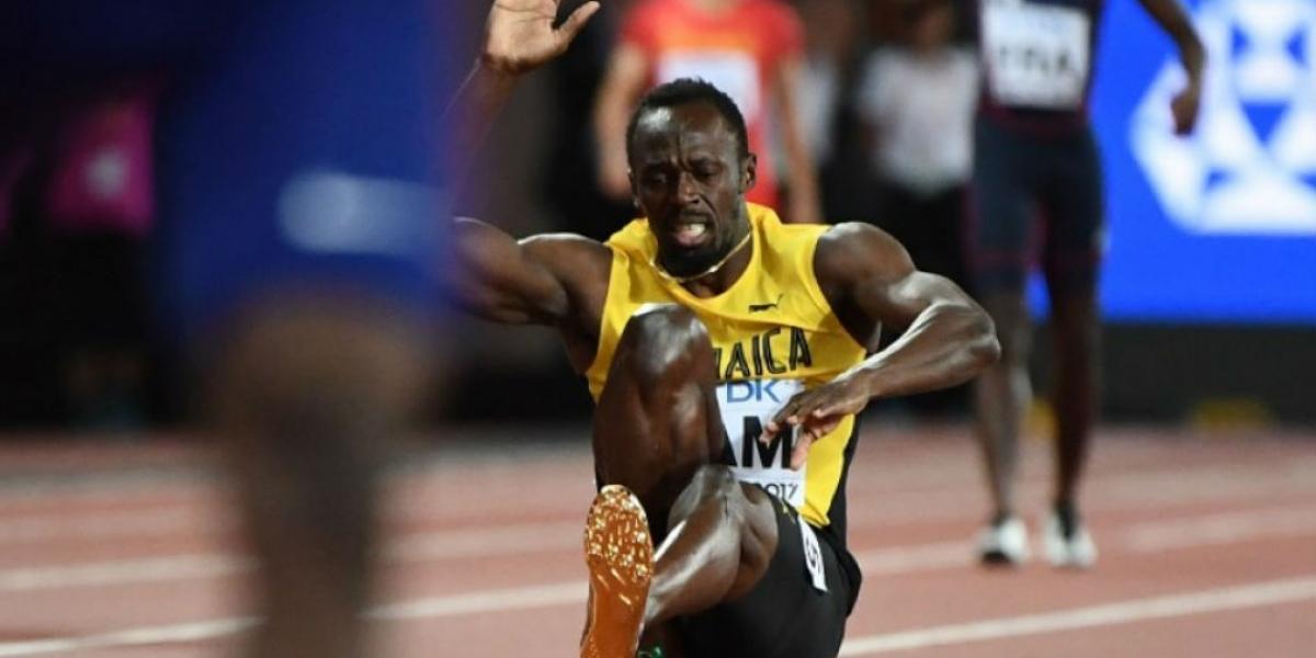 Momento en que se lesiona Usain Bolt.