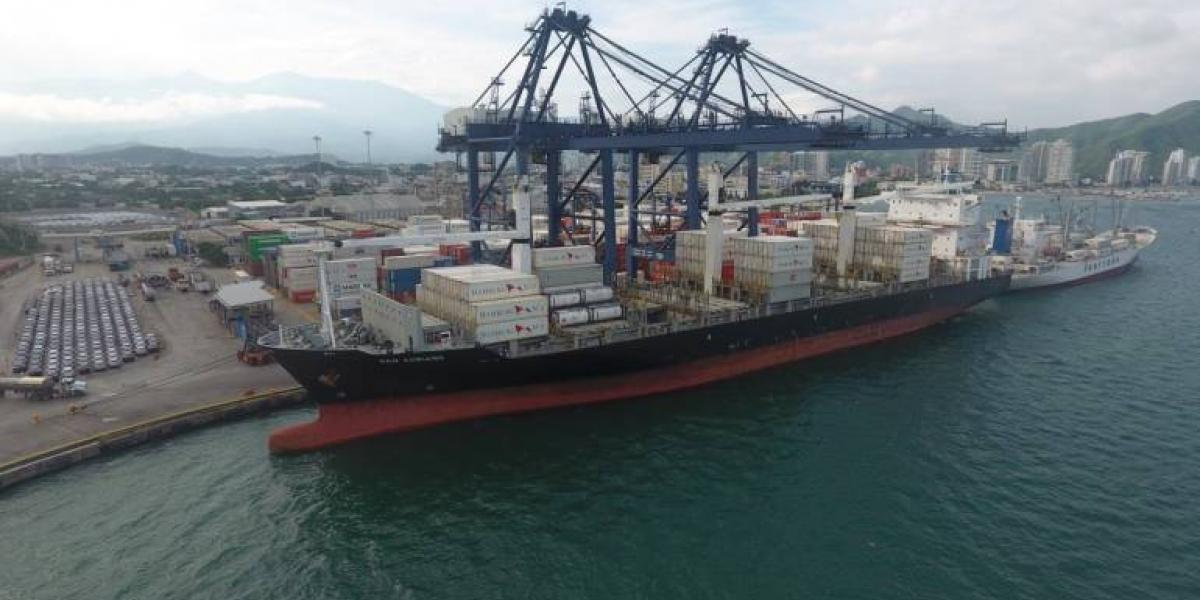 La motonave San Adriano arribará todos los miércoles al terminal marítimo samario para  recoger 250 contenedores cargados con productos colombianos.