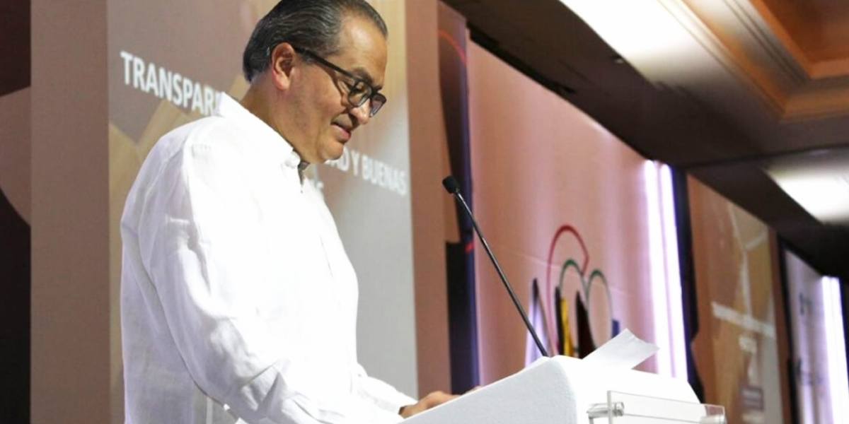 Procurador General Fernando Carrillo.