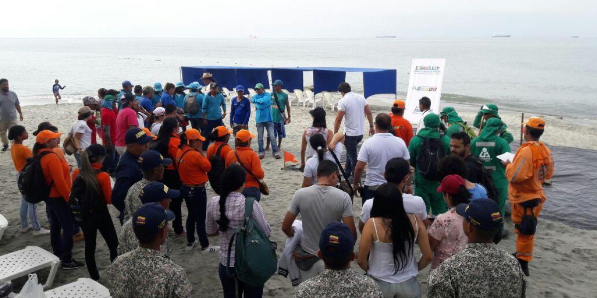 Más de 100 personas hicieron parte de la Playatón.